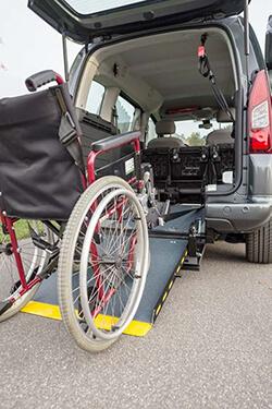 behindertengerechter_Citroen_Berlingo_fuer_den_Rollstuhl